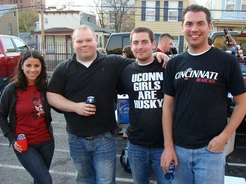 UCONN-Cincinnati 004