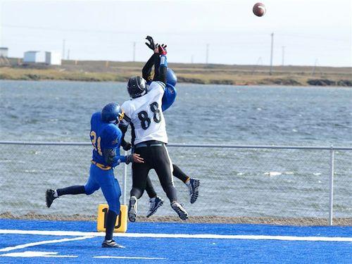 Barrow-Whalers-Valdez-Buccanneers-Alaska-Prep-Football