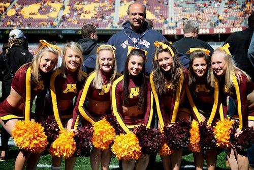 Scott-Wolf-Minnesota-cheerleaders