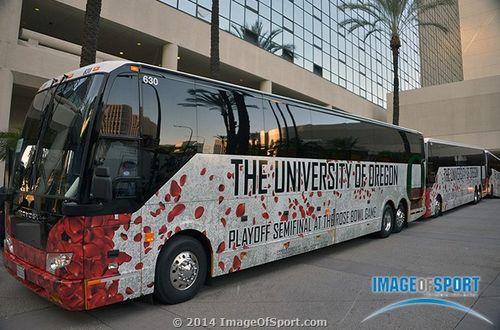 Oregon Ducks team bus
