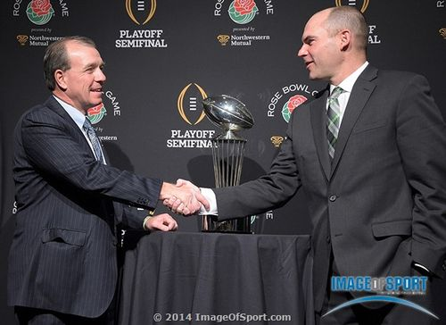 Jimbo Fisher Mark Helfrich Rose Bowl trophy